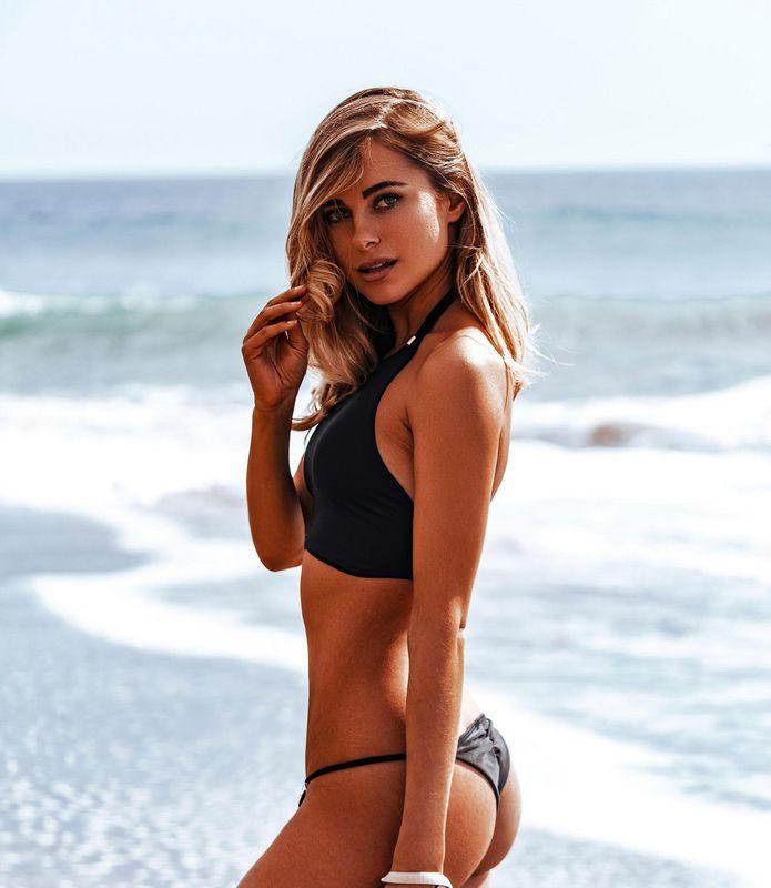 Constance marie in bikini bien love