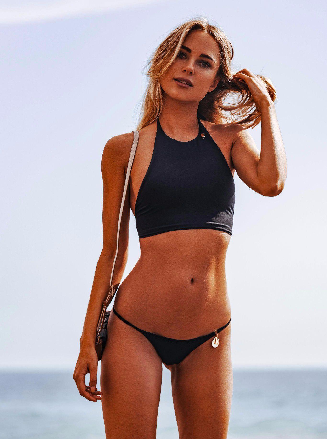 Kimberley-Garner-Super-Hot-In-Bikini-In-Ibiza-2548 -6923