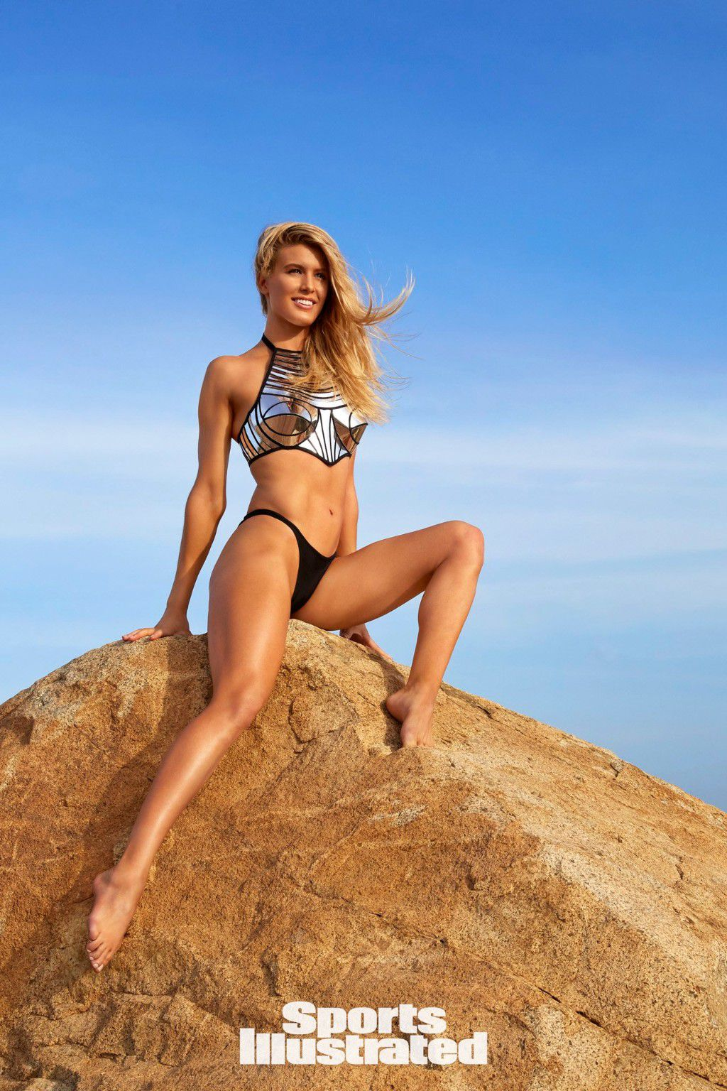 eugenie-bouchard-super-sexy-in-sports-illustrated-swimsuit-issue-2018-19