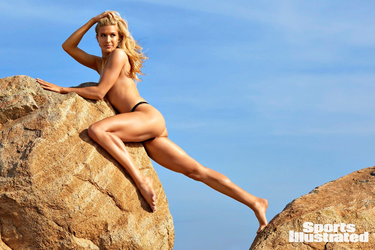 eugenie-bouchard-super-sexy-in-sports-illustrated-swimsuit-issue-2018-22
