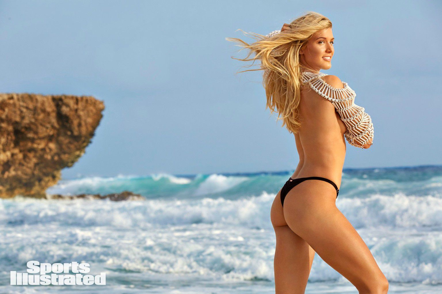 eugenie-bouchard-super-sexy-in-sports-illustrated-swimsuit-issue-2018-8
