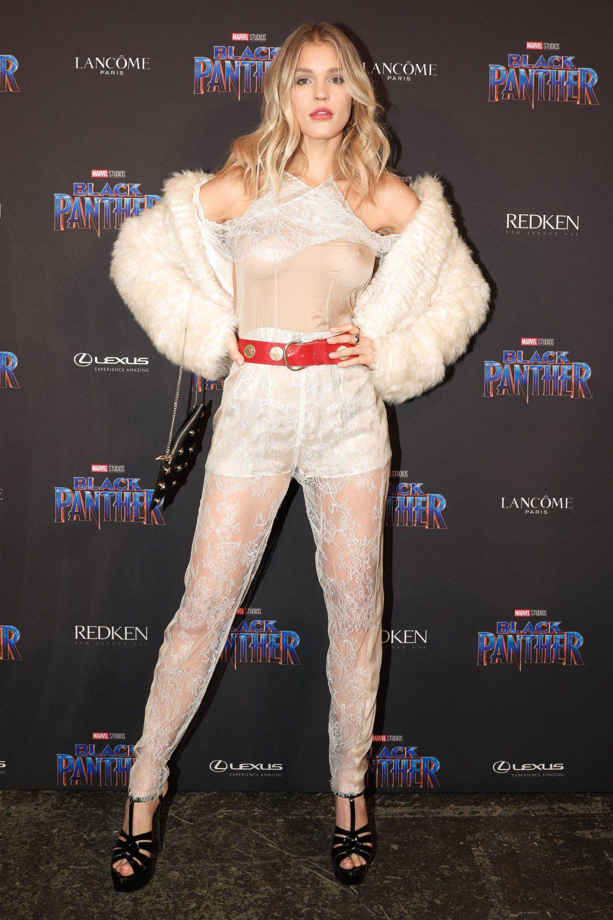joy-corrigan-see-thru-outfit-black-panther-at-new-york-fashion-week-1092
