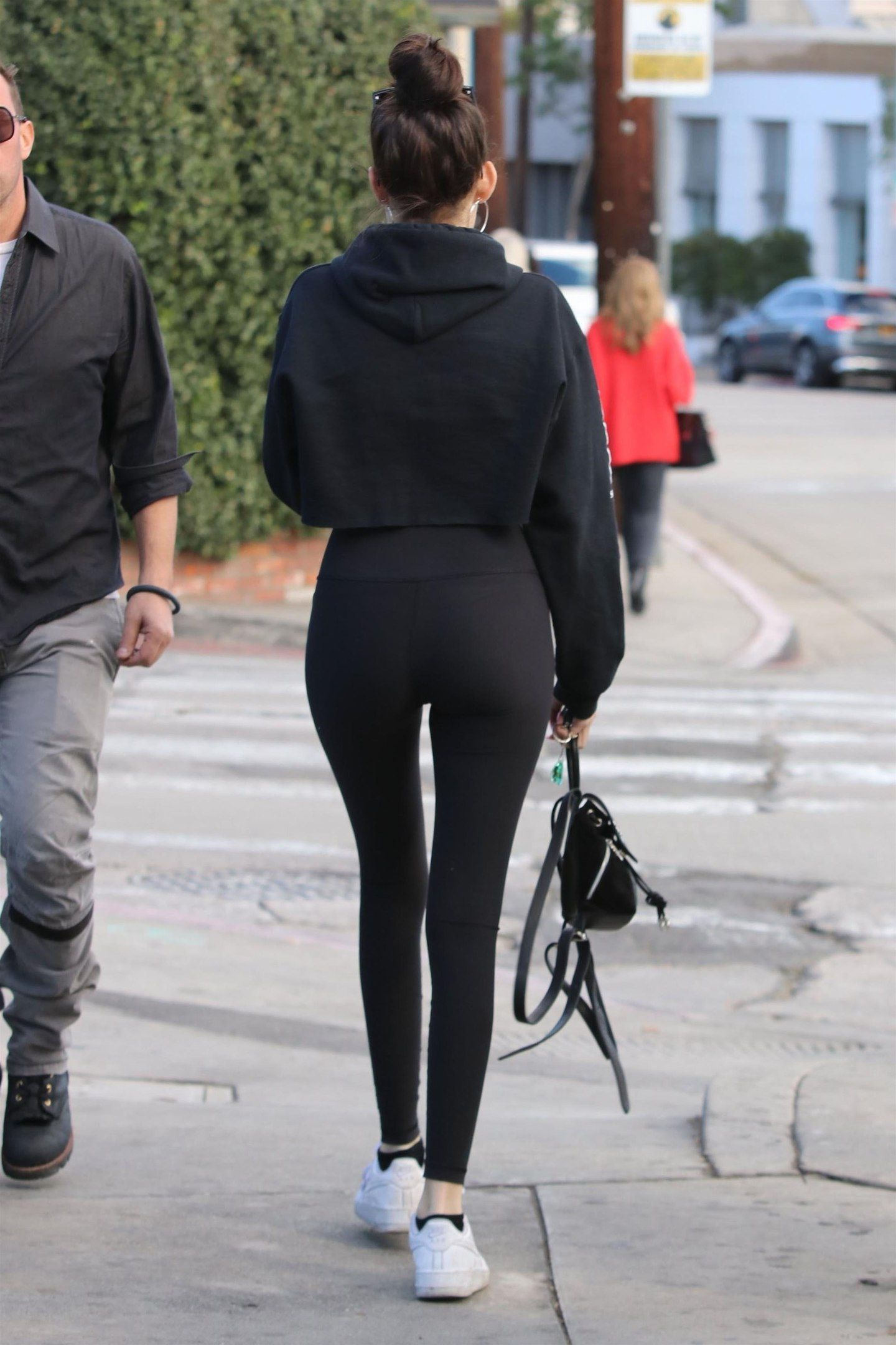 madison-beer-cameltoe-while-out-for-lunch-in-west-hollywood-1665