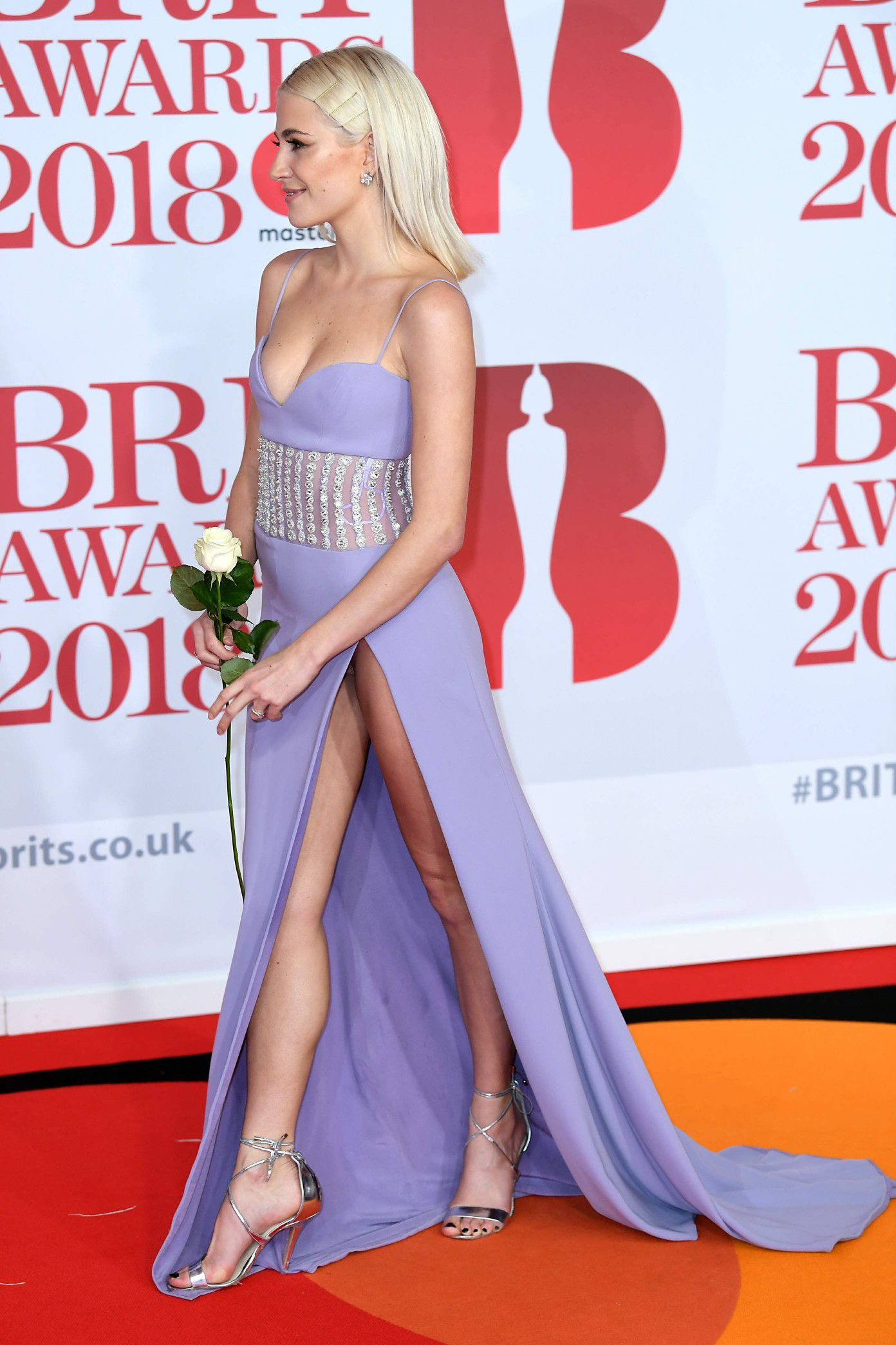pixie-lott-panty-upskirt-at-the-38th-brit-awards-in-london-2867