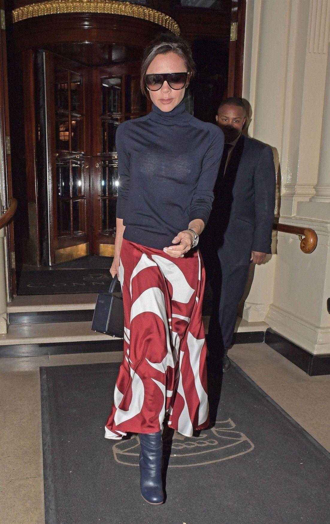 Victoria-Beckham-Wearing-A-See-Thru-Blouse-In-London-3715  Celebrity-Slipscom-9365