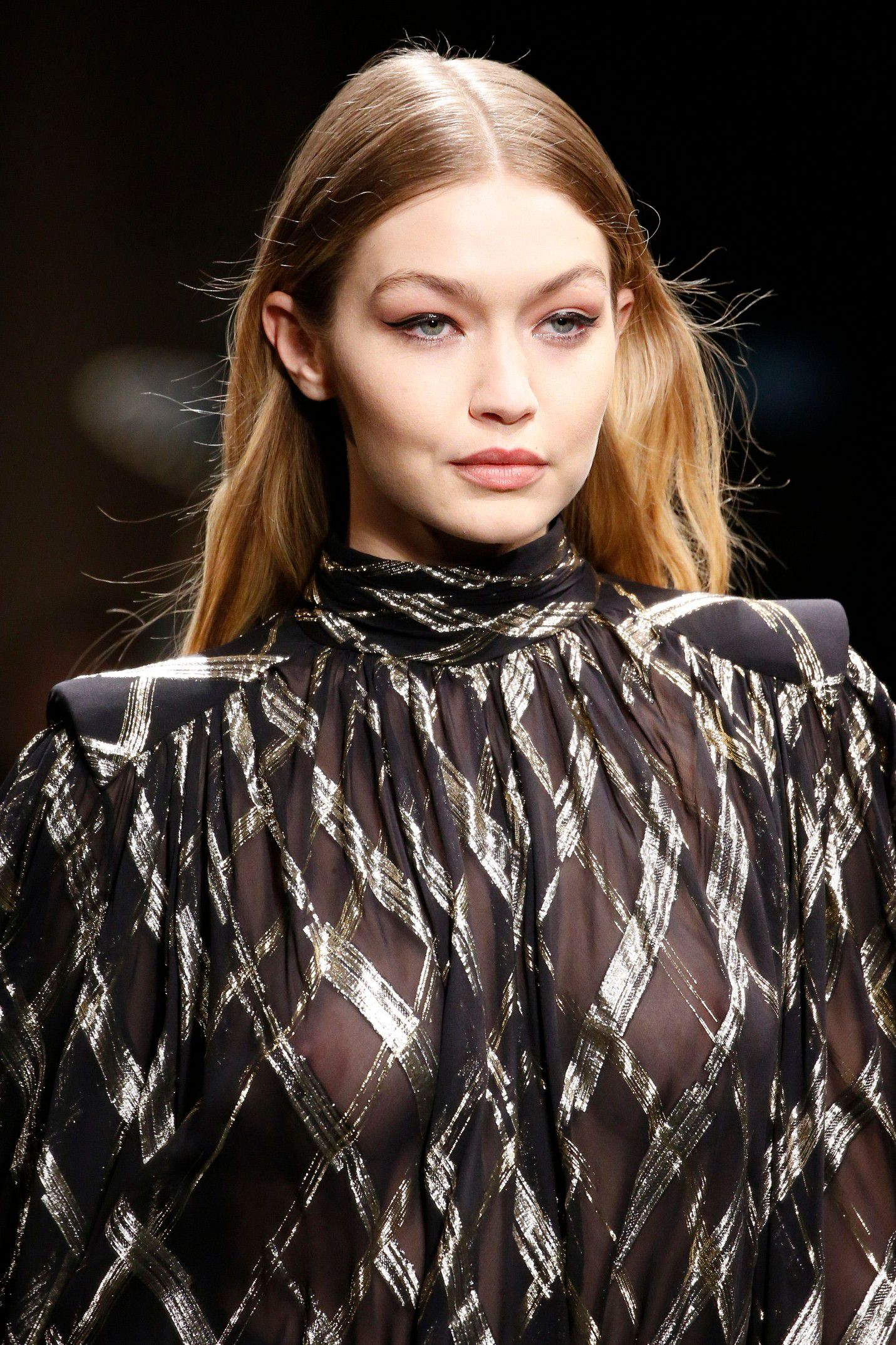 gigi-hadid-braless-see-thru-dress-at-milan-fashion-show-4081