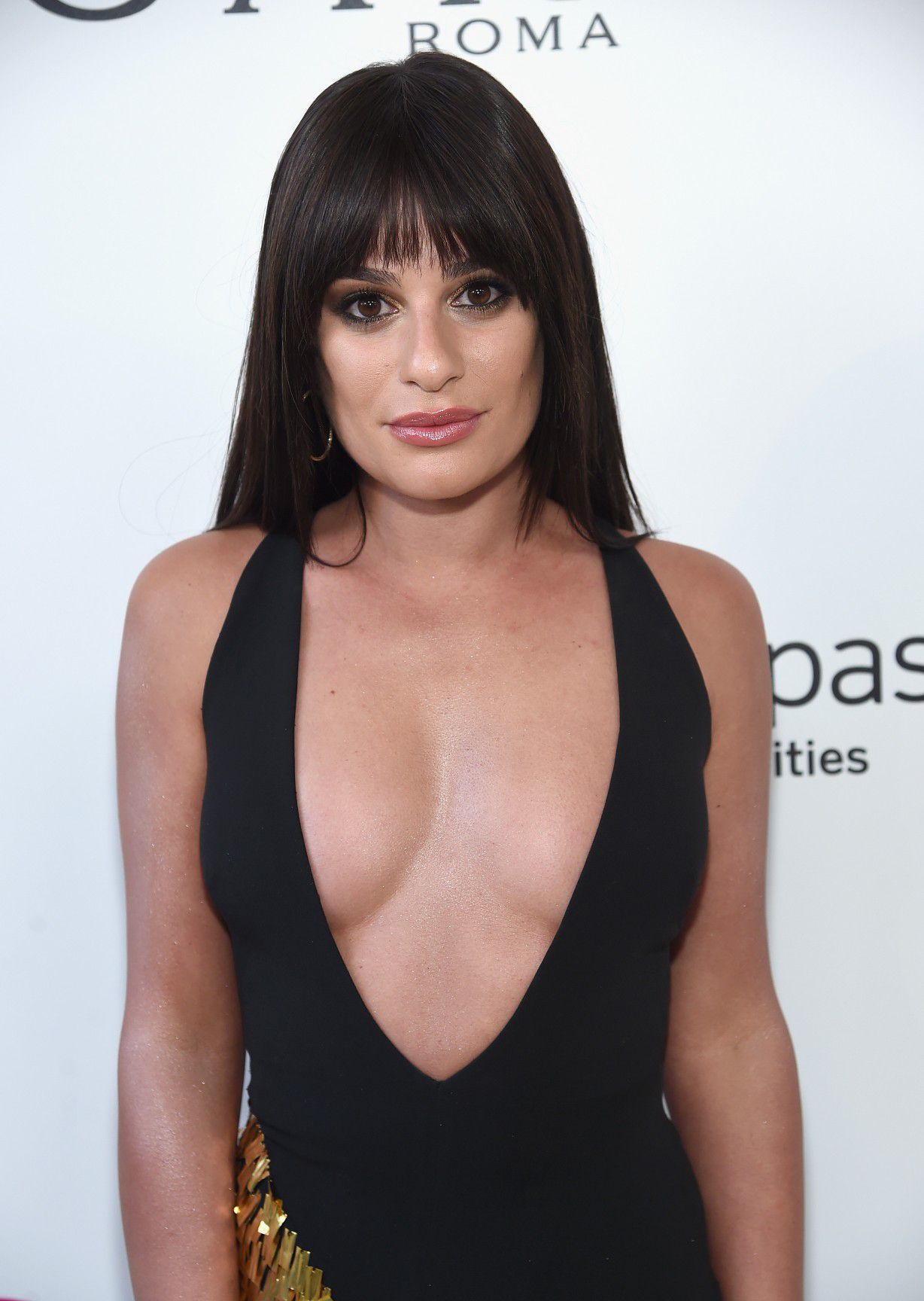 lea-michele-nip-slip-and-cleavage-at-elton-johns-aids-foundation-oscars-viewing-party-9524