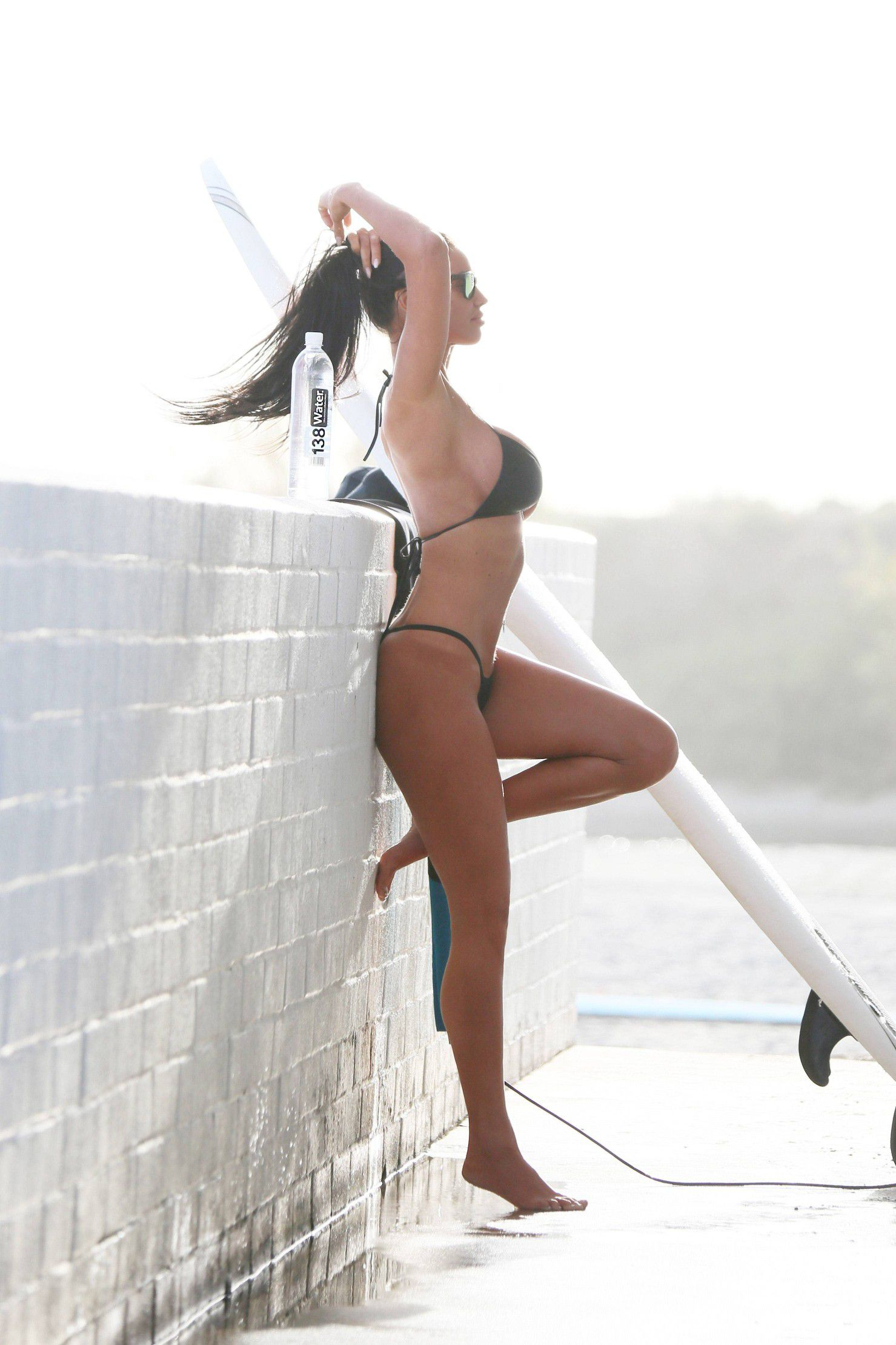 charlie-riina-perfect-bikini-body-for-138-water-in-malibu-3218