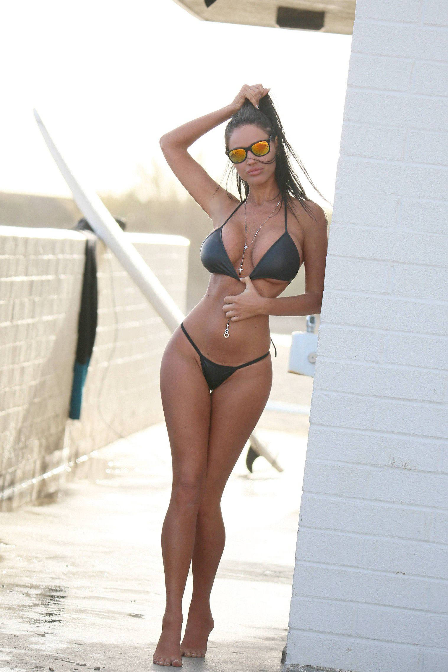 charlie-riina-perfect-bikini-body-for-138-water-in-malibu-8307
