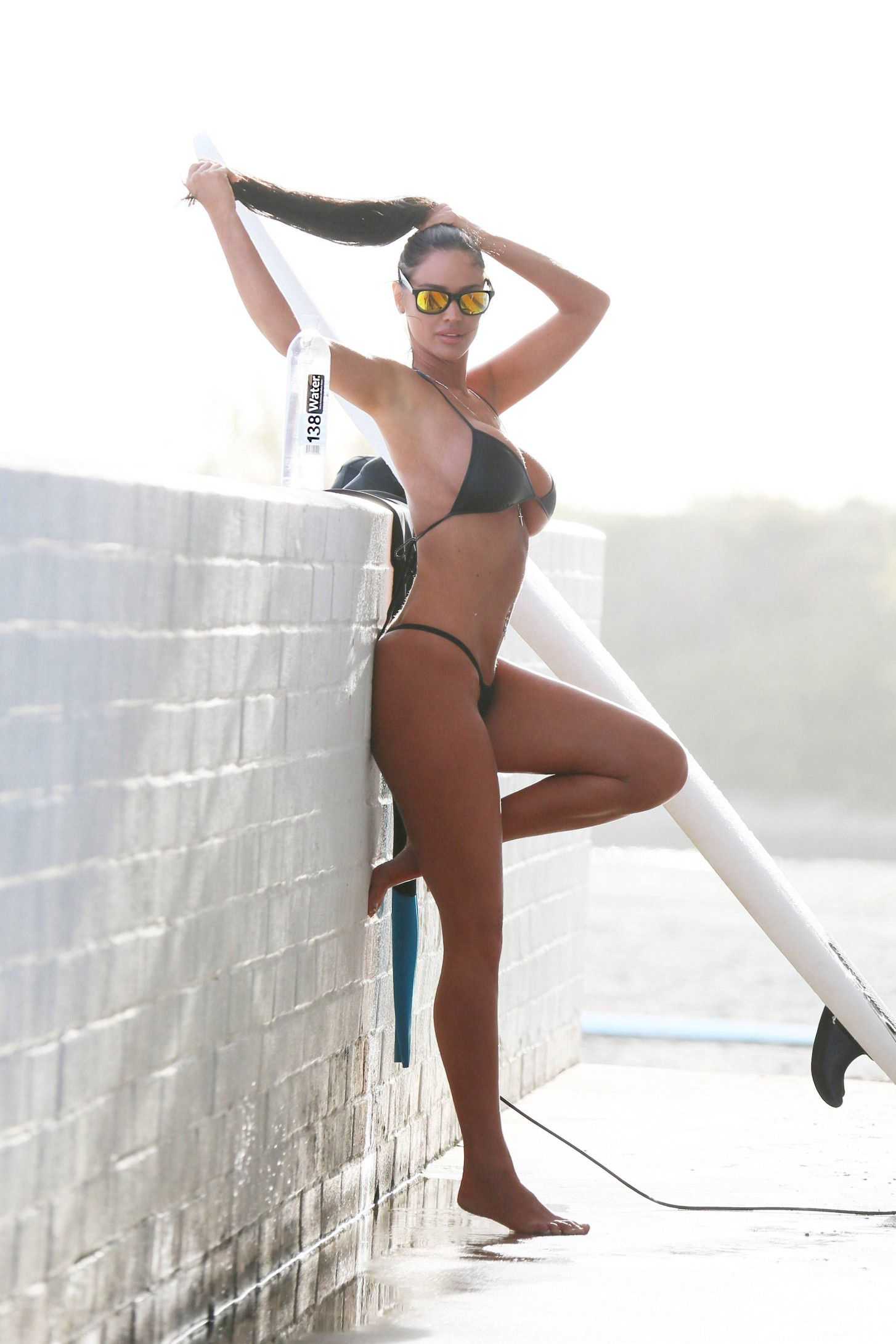 charlie-riina-perfect-bikini-body-for-138-water-in-malibu-8532