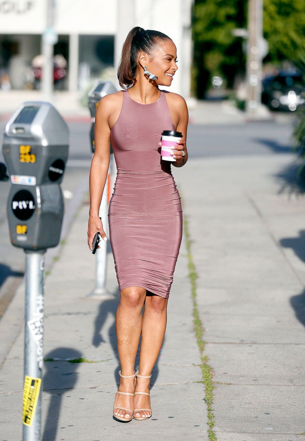 christina-milian-pokies-in-tight-dress-while-out-in-west-hollywood-3092