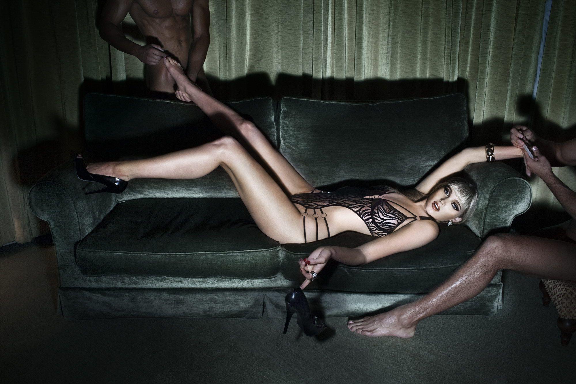 elsa-hosk-nude-for-treats-magazine-3629