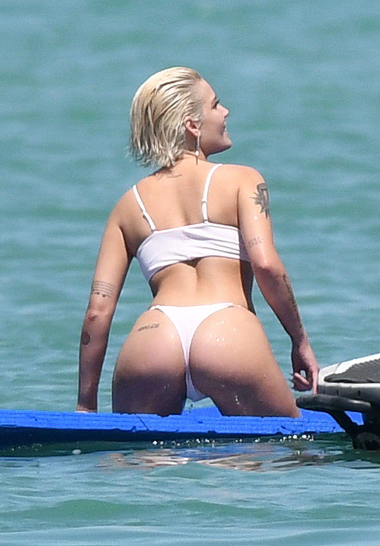 halsey-wearing-a-white-thong-bikini-on-a-yacht-in-miami-6409