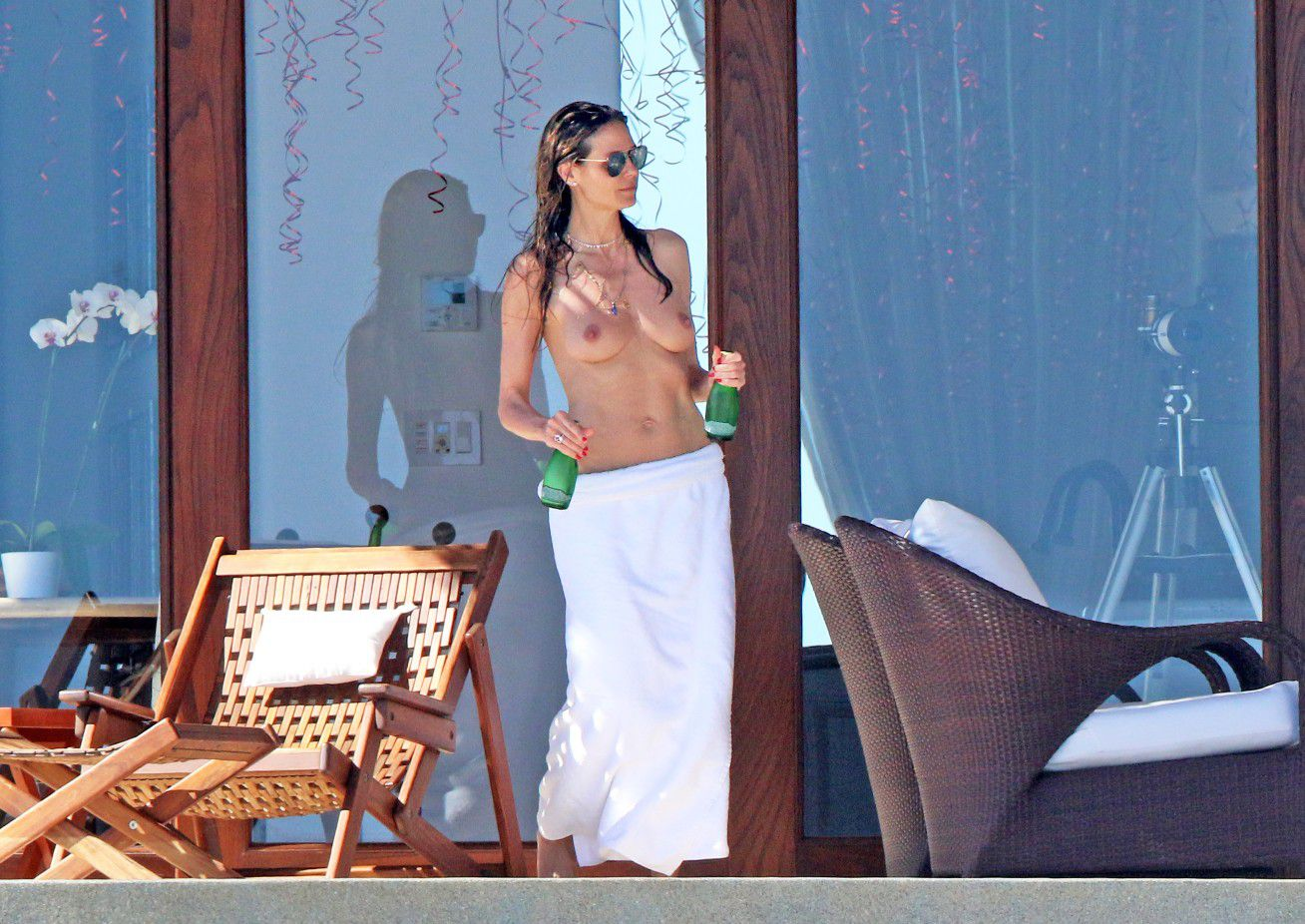 heidi-klum-topless-candids-in-cabo-san-lucas-mexico-4893