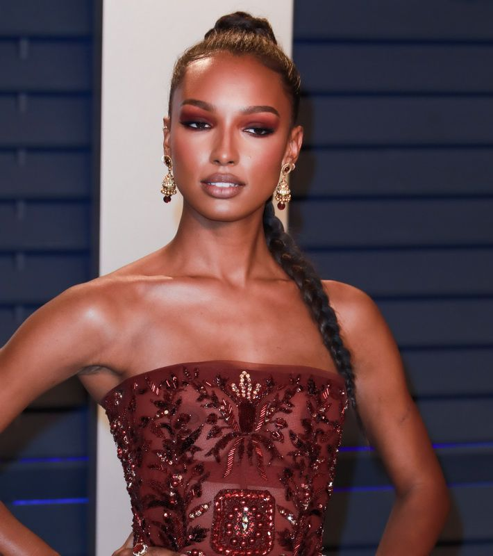 Jasmine Tookes see-thru to nips at Vanity Fair Oscar Party. I'm so sorry  guys that I missed this. I know this was a month ago but better late than  never!